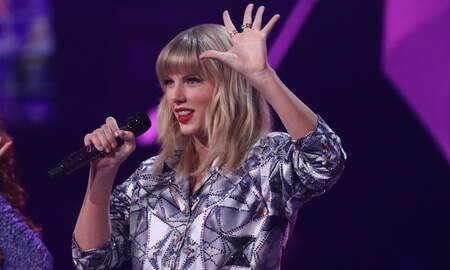 Trending - Taylor Swift Unveils New Piano Ballad 'Beautiful Ghosts' From 'CATS' Film