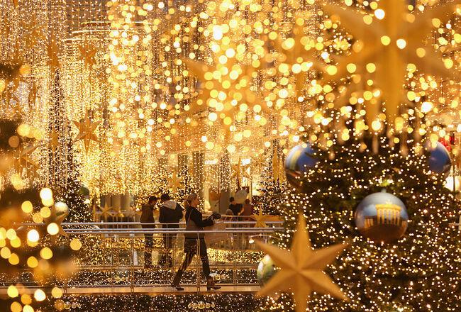 Last-Minute Christmas Shopping