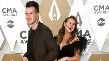 iHeartRadio Music News - Russell Dickerson Explains Why He Rocked Wife's Earring On CMA Red Carpet