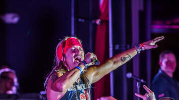 Rock Show Pix - Bret Michaels at Six String Grill & Stage