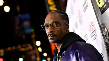 iHeartRadio Music News - Snoop Dogg Says He's the Sexiest Man Alive, Not John Legend