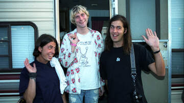 Ken Dashow - Dave Grohl Recalls Nirvana's Karaoke Prank That Was So Mean It Haunts Him