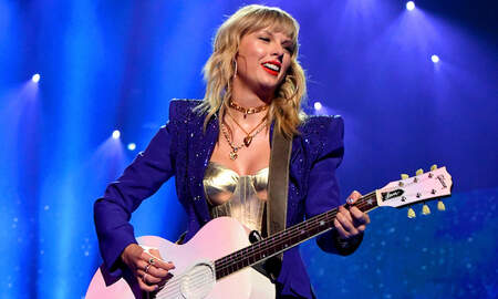 Trending - Taylor Swift Cleared To Perform Old Songs At 2019 American Music Awards