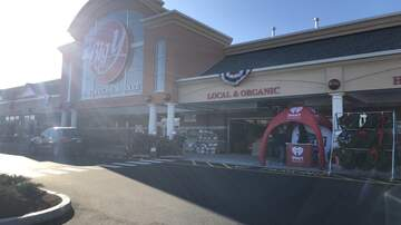 Photos - Adam Rivers and KC101 at Big Y in Milford on 11/16/19