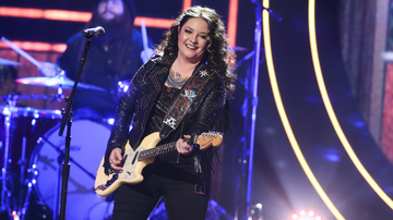 Headlines - Ashley McBryde Announces 2020 'One Night Standards Tour'