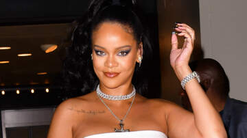Entertainment News - Rihanna Shares Sexy Bikini Pics From Her Late Night Swim