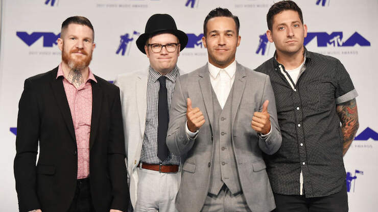 Fall Out Boy Donates 100,000 To COVID-19 Relief In Chicago | 105.9 The X