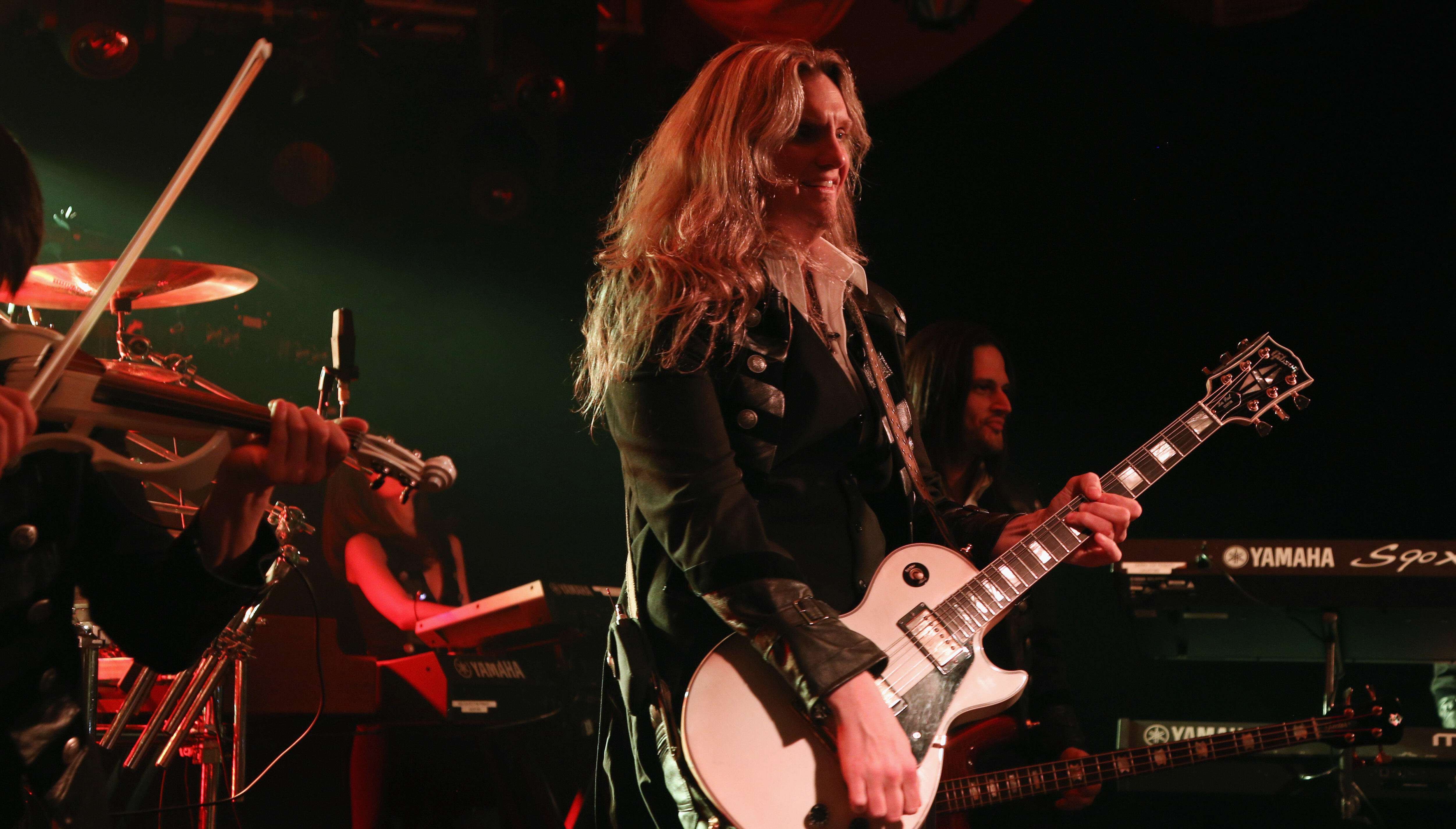 """Trans-Siberian Orchestra Aspires To """"Next Level"""" Each Year, Says Guitarist"""