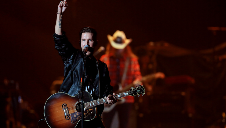 Brothers Osborne Loses Power During Thanksgiving Day Halftime Show