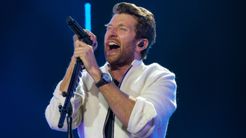 Music News - Brett Eldredge Shares Heartfelt 'Best Man Speech' Song For His Brother