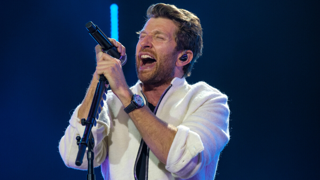 Brett Eldredge Shares Heartfelt 'Best Man Speech' Song For His Brother