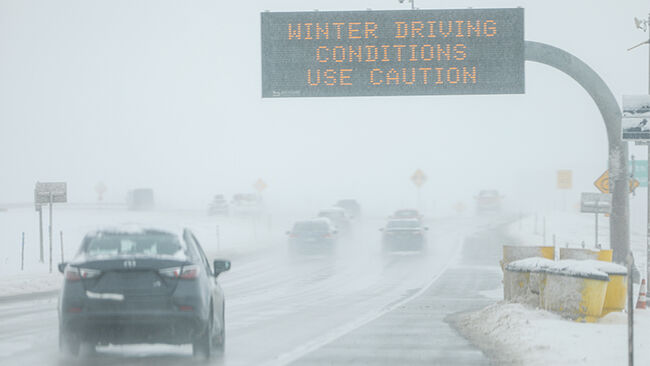 Late November Storm System In Denver Area Brings Snow And Snarls Air Traffic Ahead Of Busy Holiday Travel Days