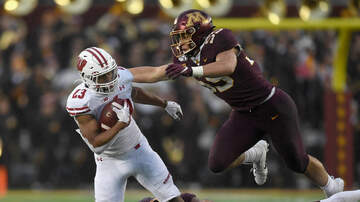 Wisconsin Badgers - Wisconsin defeats Minnesota 38-17 to take back Paul Bunyan's Axe
