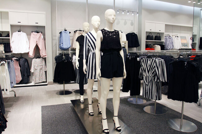 H&M Reopens at The Mall of San Juan in Puerto Rico