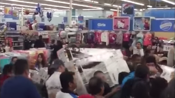 Johnjay And Rich - WATCH: Crazy Black Friday 2019 Compilation Video