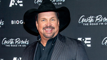 Music News - Garth Brooks Opens Up About His Vow To Retire After Birth Of Daughter