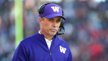 Sports News - Chris Petersen Steps Down As The Washington Head Coach
