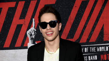 Gabby Diaz - Pete Davidson is having Fans Sign a $1Million NDA at his Shows!
