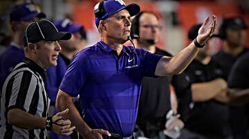 The Locker Room - Washington Huskies Football Coach Chris Peterson, 55, Shockingly Steps Down