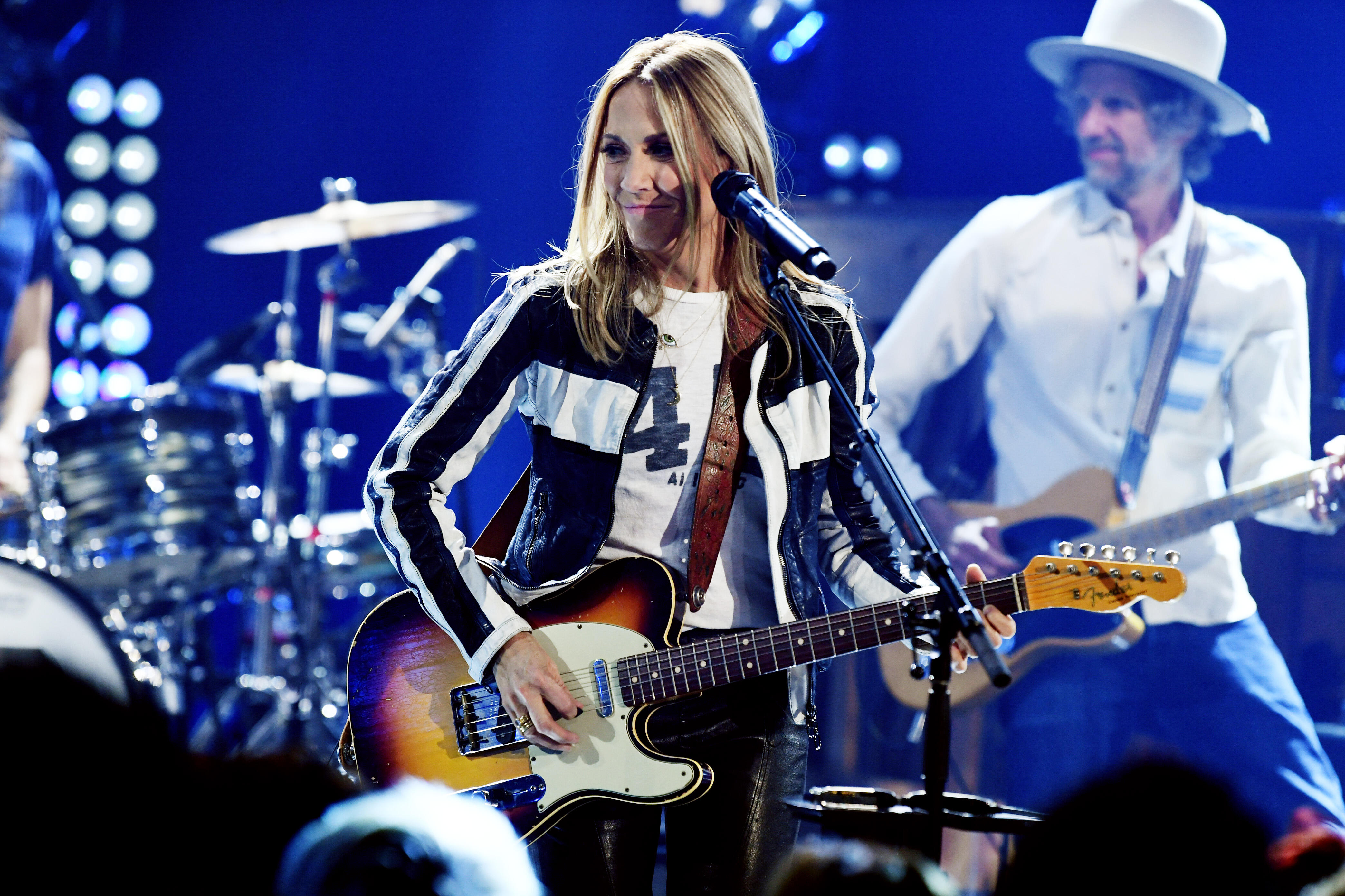 Sheryl Crow Performs Exclusive LA Show to Celebrate Final Album 'Threads'
