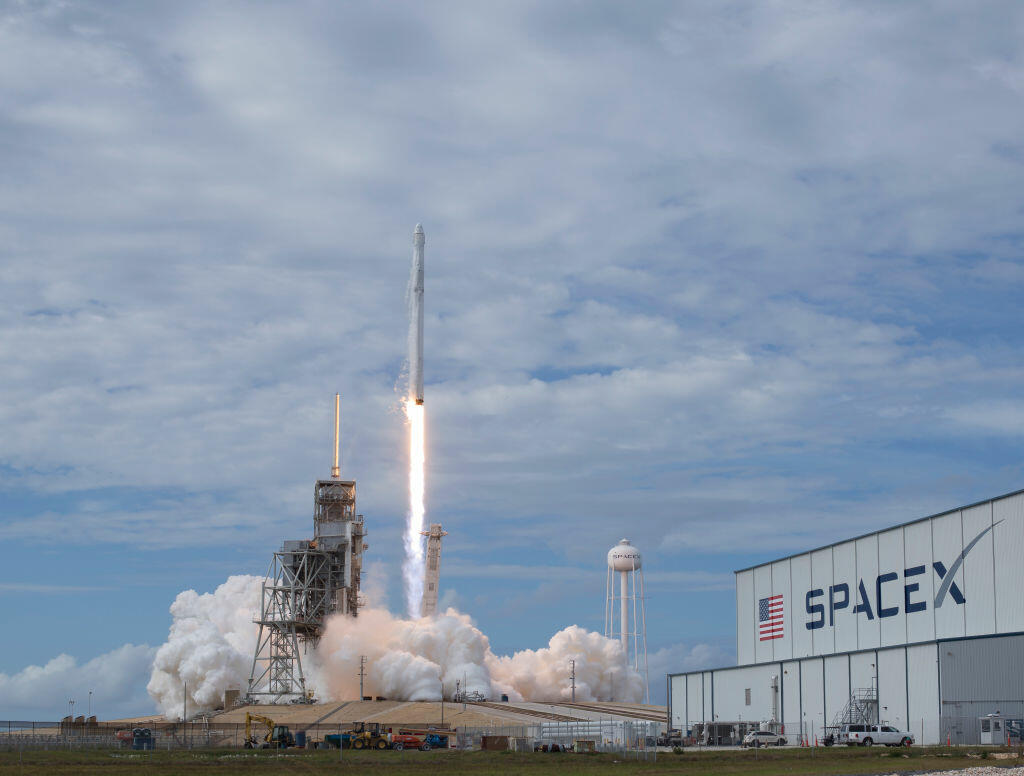 Harbor Commission Clears SpaceX for Launch of Aerospace Site at Port of LA | KFI AM 640