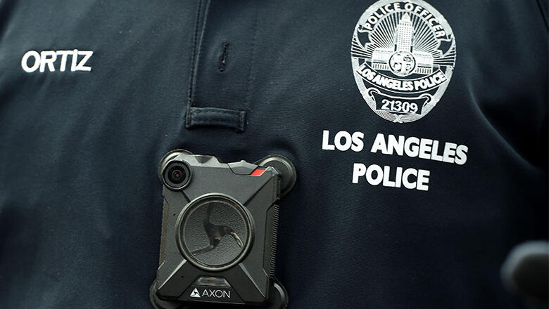 Los Angeles police officer fondled dead woman