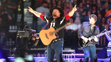 Music News - Garth Brooks Will Bring His 'Stadium Tour' To Ohio In 2020