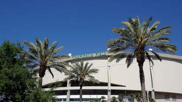 Home Of The Rays - Rays Plan To Split Season Hits Dead End