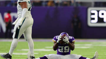 Vikings Blog - Struggling Vikings CB Rhodes sorry for sideline helmet slam | #KFANVikes