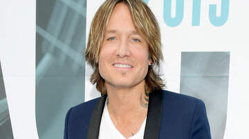 Headlines - Getting Socially Awkward With Keith Urban