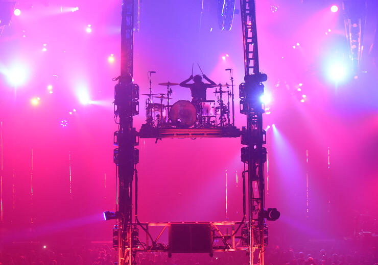 Mötley Crüe's Tommy Lee Worried About Topping Himself With New Drum Stunt | iHeartRadio