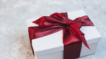 Jay Steele - People Like Badly Wrapped Christmas Gifts More