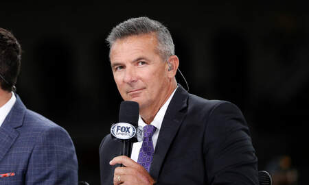 Dallas Cowboys - Report: Cowboys Considering Urban Meyer For Coach