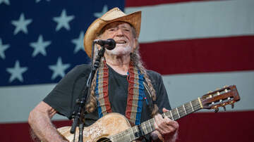 iHeartCountry - Turns Out, Willie Nelson Hasn't Given Up Weed Entirely