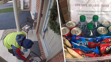 Lindsey Marie - Amazon driver has the best reaction to snacks left on doorstep