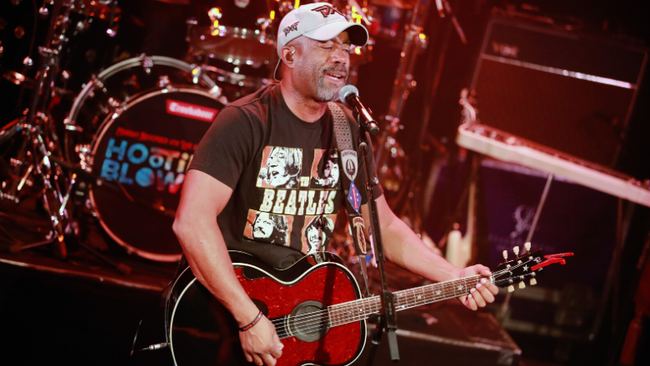 Darius Rucker To Perform Pre-Race Concert At 2020 Daytona 500