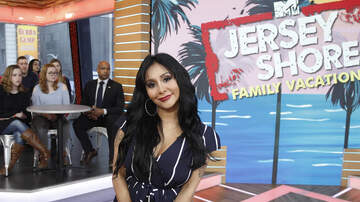 Entertainment News - The 'Jersey Shore' Cast Was 'Surprised' By Snooki's Retirement Announcement
