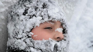 National News - 5-Year-Old in Alaska Carries Toddler Half a Mile in Subzero Temperatures