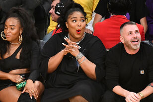 Lizzo Twerks In a Thong During Lakers Game At Staples Center