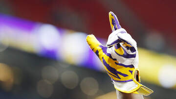 Louisiana Sports - LSU's Joe Brady Wins Prestigious Broyles Award