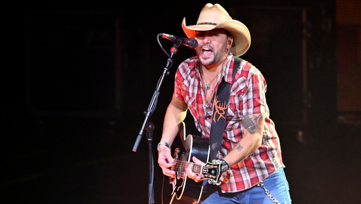 Jason Aldean Performs In Las Vegas For First Time Since 2017 Shooting | iHeartRadio