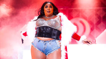 image for Lizzo Responds To People Who Hated On Her Outfit At the Lakers Game!