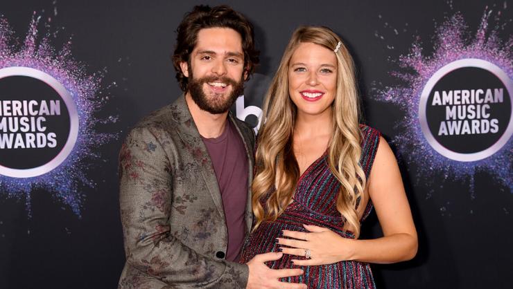 Thomas Rhett's Wife Lauren Thanks Him For Being 'Santa's Elf' In Sweet Post