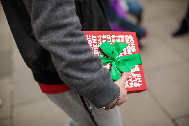Londoners Shop On Christmas Eve For Last Minute Presents