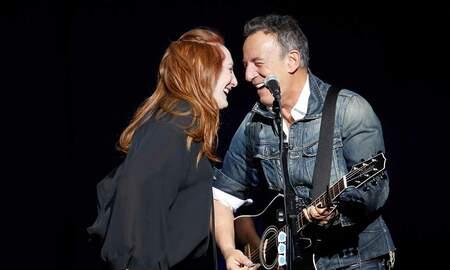 Rock News - Bruce Springsteen, Patti Scialfa Crash Quincy Mumford Soundcheck To Dance