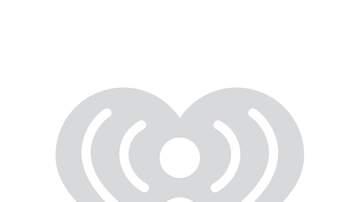 None - B95's Photos With Santa!