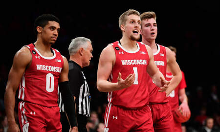 Wisconsin Badgers - Wisconsin falls to Rutgers 72-65 Wednesday night