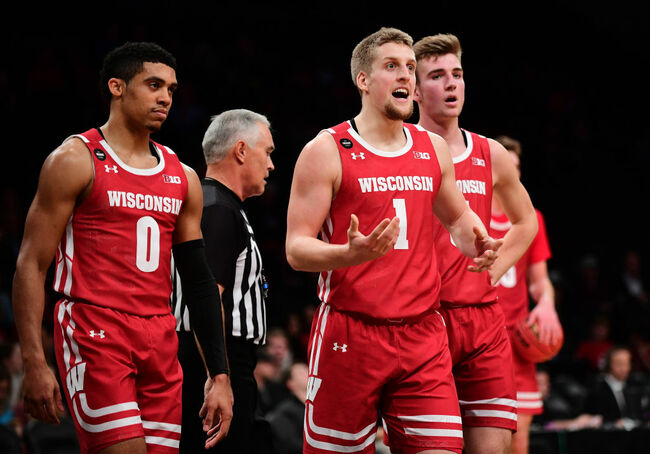 Roman Legends Classic - Wisconsin Badgers v Richmond Spiders