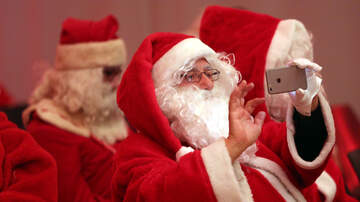 The Paul Castronovo Show - Holiday Controversy: Video Chat Santas Ruining Mall Santa Industry!