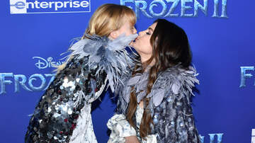 Entertainment News - Selena Gomez Shares Sweet Advice She Gave Sister Before 'Frozen 2' Premiere
